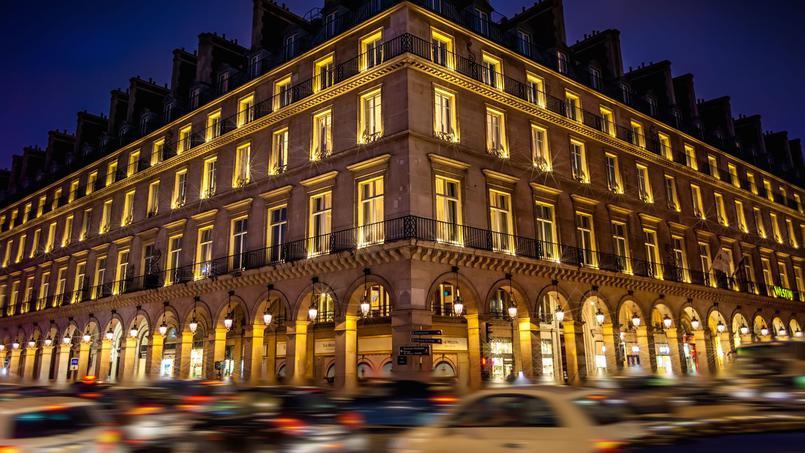 Богатые французы возвращаются в Париж