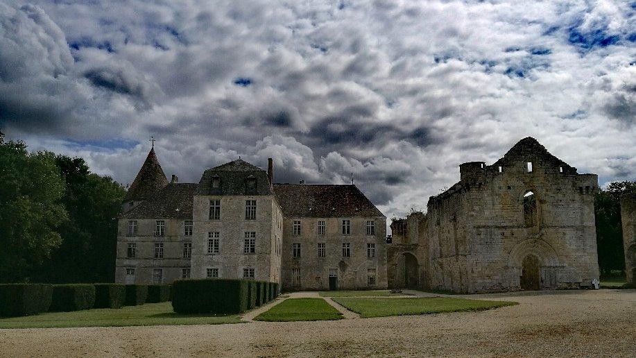 Элитная недвижимость во Франции как средство дохода