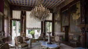 Бельгийский король переворачивается в гробу «Villa Les Cèdres» уходит практически даром