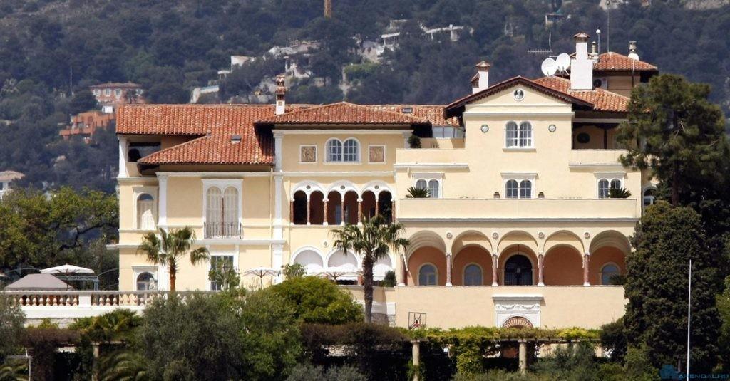 Самый дорогой в мире особняк продаётся во Франции