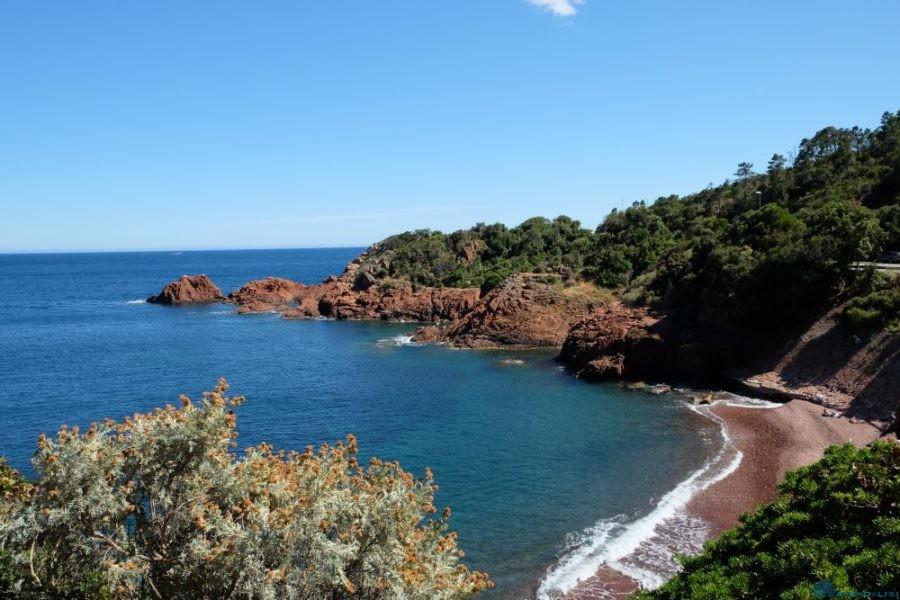 4 секретных пляжа Французской Ривьеры