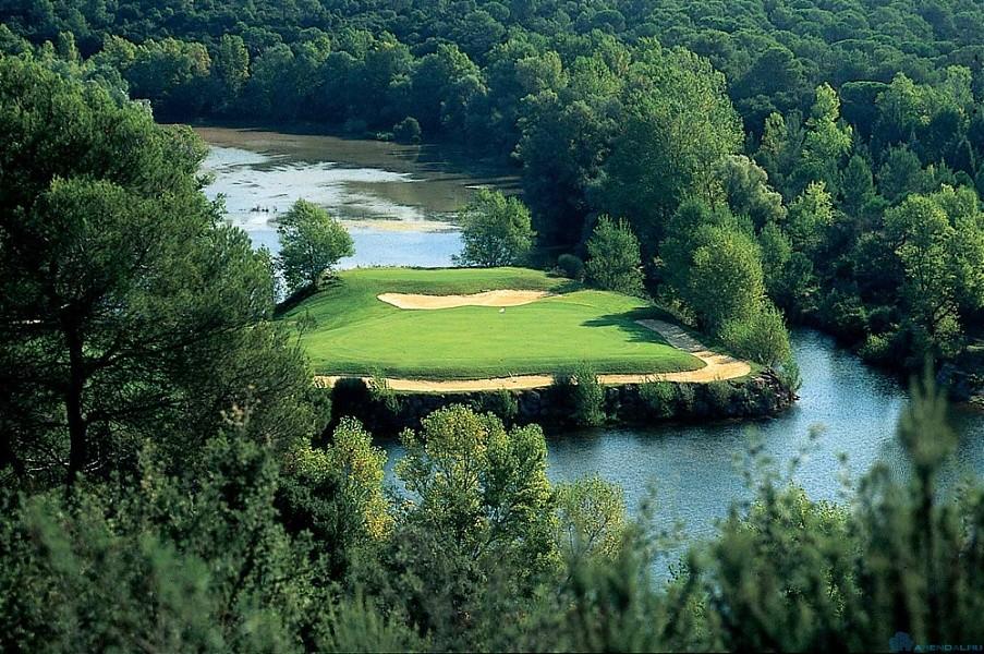 Лучшие поля для гольфа на Лазурном берегу