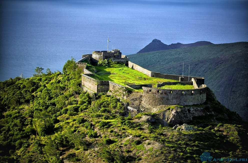 Остров Святой Елены – хранитель могилы Наполеона Бонапарта.