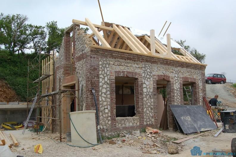 6 полезных советов по реставрации дома во Франции