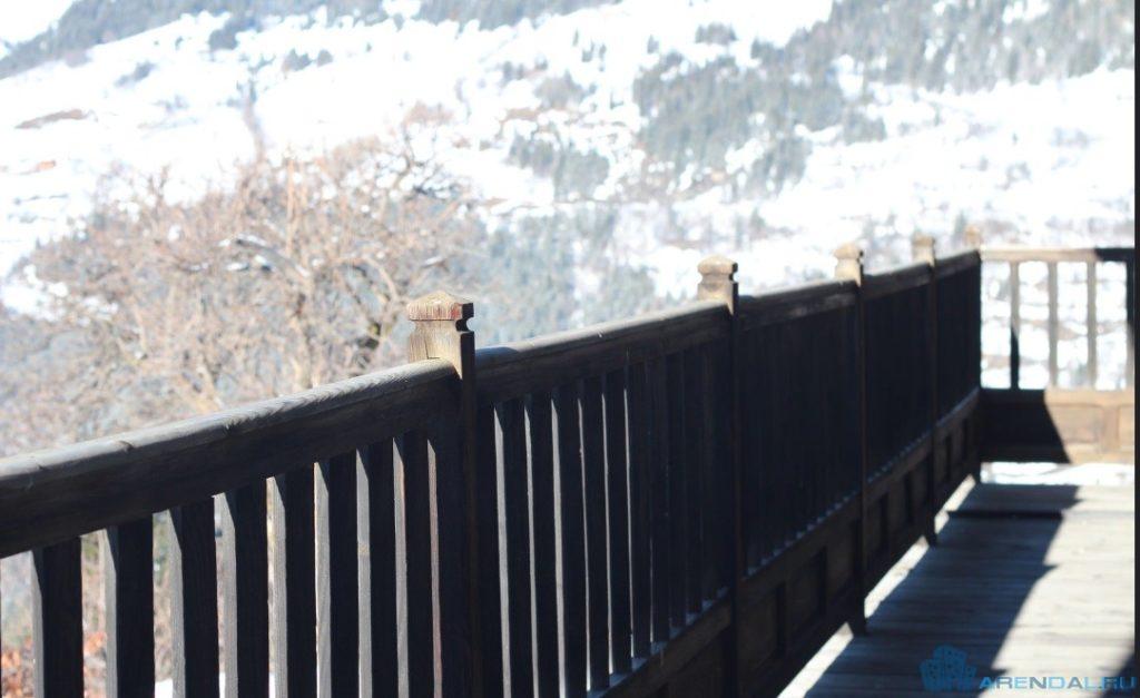 Кондоминиум: кто должен отвечать за обслуживание перил и балконов