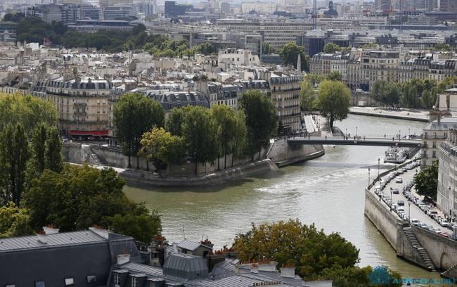 Ян Броссат выступил против аренды квартир в первых 4 районах Парижа